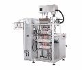 Упаковочная машина OMAG CS (ОМАГ CS) со шнековым дозатором, автомат импульсного действия, использует рулонный, термосвареваемый упаковочный материал, который разрезается на полосы в соответствии с числом дорожек