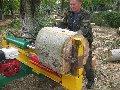 Дровокол гидравлический . Применяется для очистки улиц от сваленных деревьев и облегчает вывоз древесины с места расчистки.