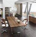 Состаренная мебель. Винтажный обеденный стол