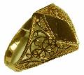 Кольцо Au золотое артикул  КМ-17,  вес: 2,60. Размер: 19,0