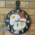 Часы  кухонные Яичница -  станут отличным подарком