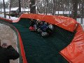 Снежные горки. Искусственное покрытие для горнолыжных склонов.