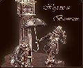 Сувенир Холмс и Ватсон, золото 585 пробы, серебро 925 пробы, бриллианты, кварц, дерево палисандр
