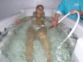 Ванна для подводного ручного массажа по точкам