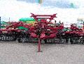 Культиватор универсальный клиновой КУХ-3 для культивации и рыхление междурядий на хмельниках, может использоваться в садах, виноградниках, а также в фермерских господарствах для культивации и рыхление грунта.