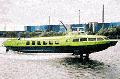 Пассажирский теплоход ЕВРОФОЙЛ на подводных крыльях с кормовым расположением энергетической установки и носовым подруливающим устройством