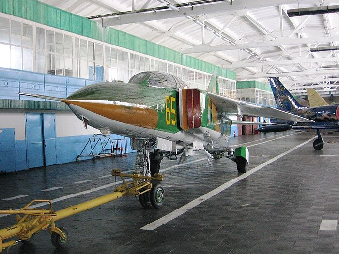 Заказать Ремонт, обслуживание и доработки самолетов МиГ-23