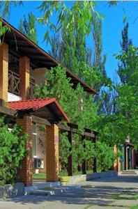 Заказать Отель «У Челентано» (Курорт)