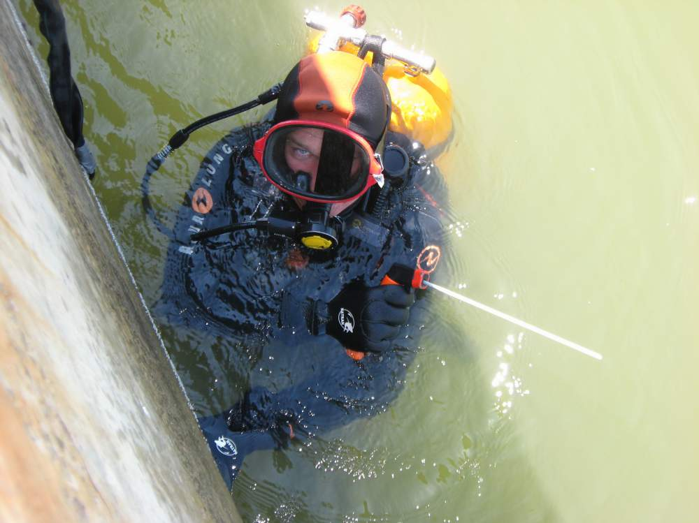 Заказать Подводная сварка и резка