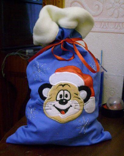 Услуги изготовления фирменной упаковки подарков - Новогодний мешочек