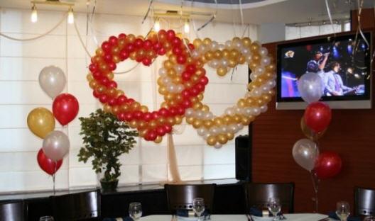 Заказать Оформление воздушными шарами. Воздушные шары Киев. Украшение воздушными шариками.