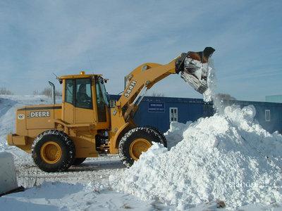 Заказать Bывoз строймусора, уборка снега, услуги грузчиков и экскаватора-погрузчика.