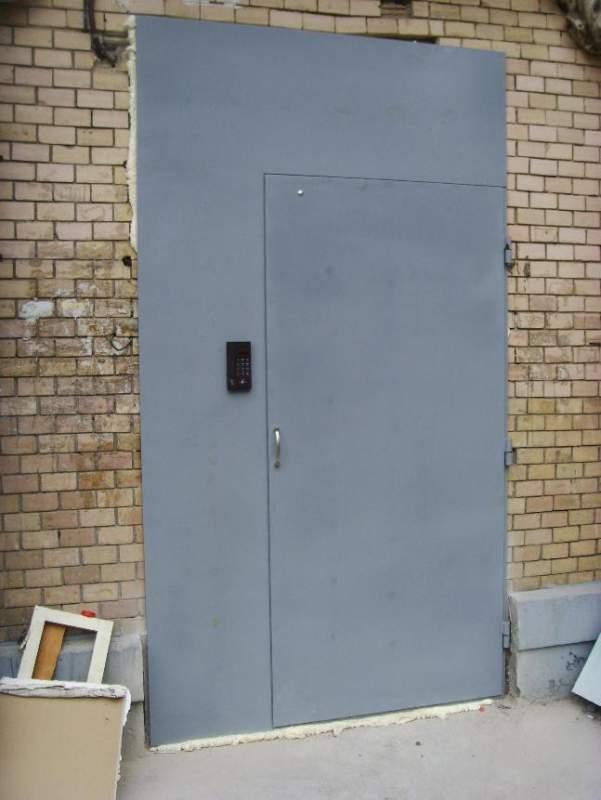 цена металлическая дверь для домофона
