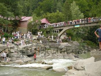 Заказать Автобусные туры в карпаты Тернопольская область