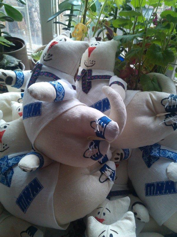 Заказать Корпоративная мягкая игрушка, декоративная подушка, изготовление на заказ.