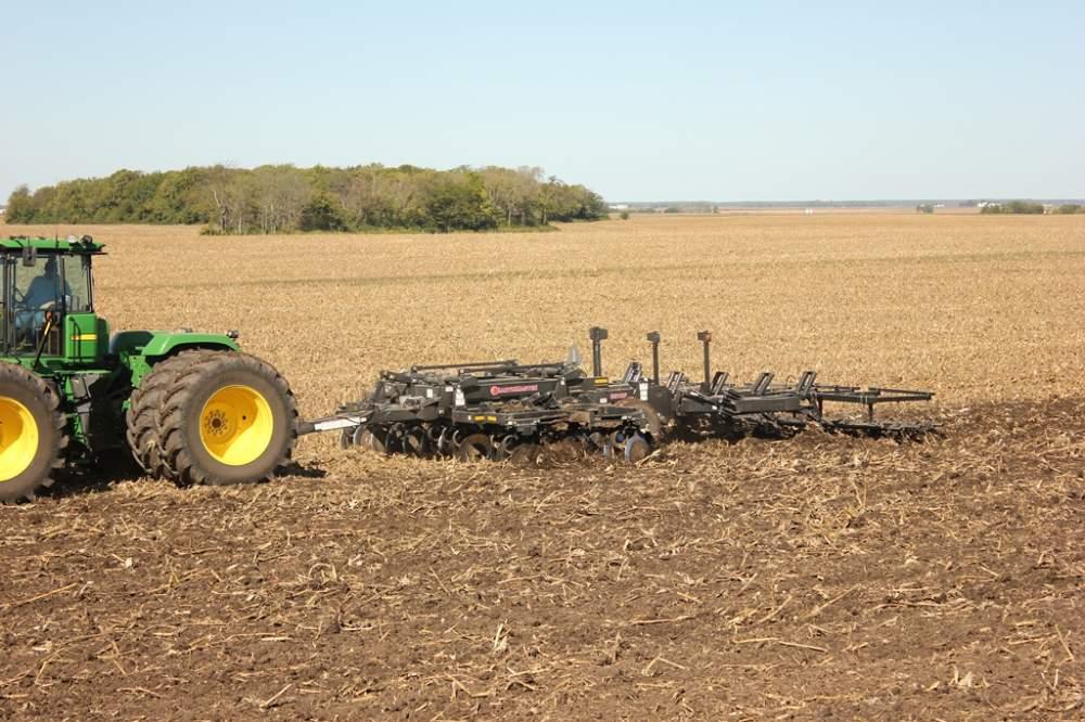 Заказать Услуги по обработке почвы, пахота, дискование, культивация, посев
