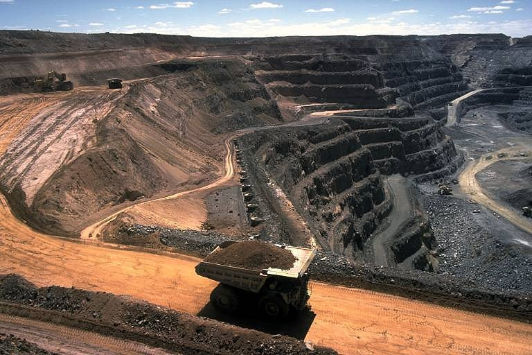 Заказать Добыча угля