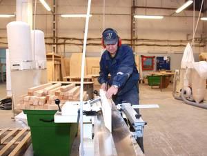 Заказать Изготовление (машинная обработка) изделий из дерева из материалов заказчика