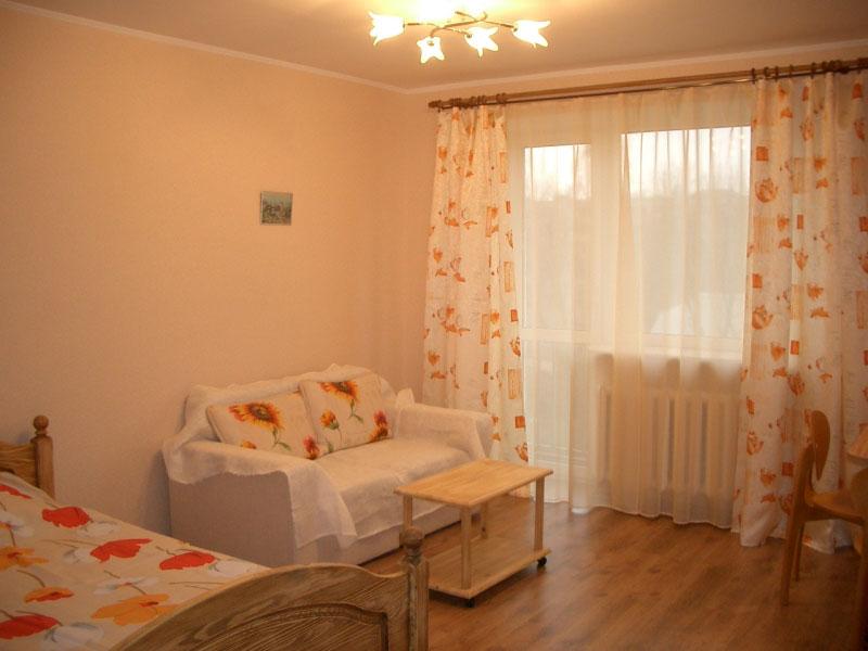 Заказать Сдам квартиру посуточно в Днепропетровске