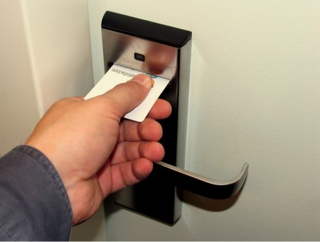 Заказать Системы контроля доступа в гостиничные номера