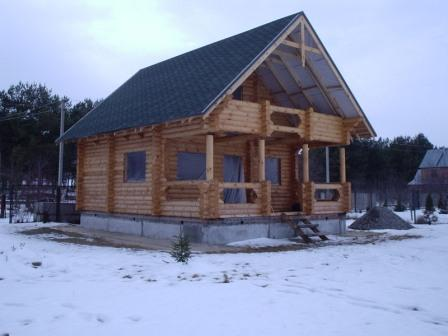 """Строительство. Проектирование и строительство деревянных домов из оцилиндрованного бревна собственного производства разного диаметра """"под ключ"""". Возможность просмотра построенных домов."""