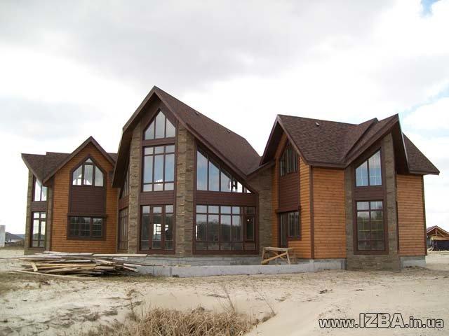 """Строительство жилых домов """"под ключ"""". Комбинированная технология строительства дома из оцилиндрованного бревна. Возможность просмотра построенных домов. Цены приемлемые."""