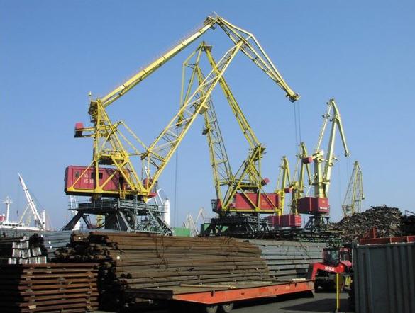 Замовити Навантаження великогабаритних і нестандартних вантажів