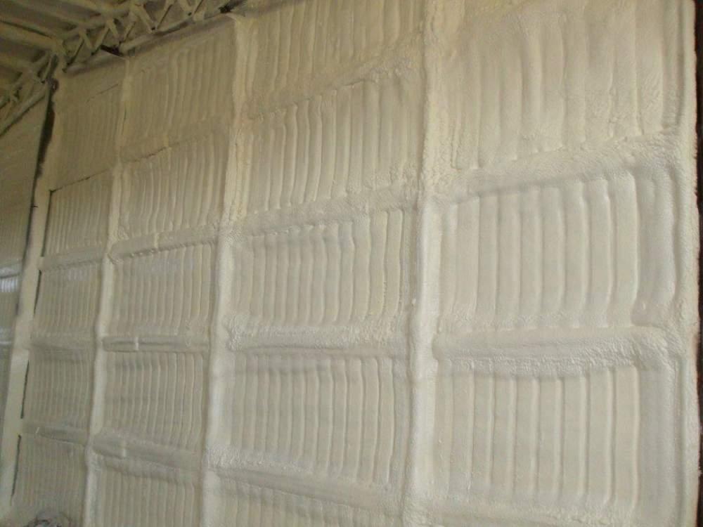 Заказать Гидроизоляция пенополиуретаном стен и крыш