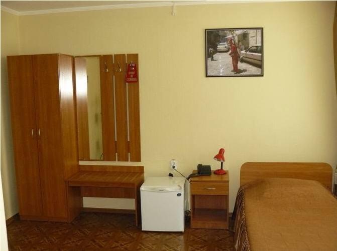 Заказать Одноместный номер в гостинице Лисичанск