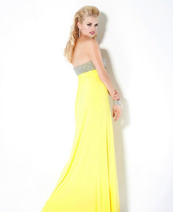 Макияж под желтое платье на выпускной