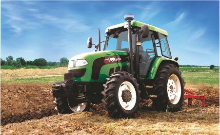 Заказать Поставка тракторов