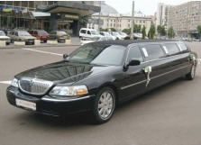 Заказать Прокат лимузинов для бизнес – встречи : Лимузин Lincoln Town Car new