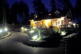 Заказать Освещение дорожек в саду