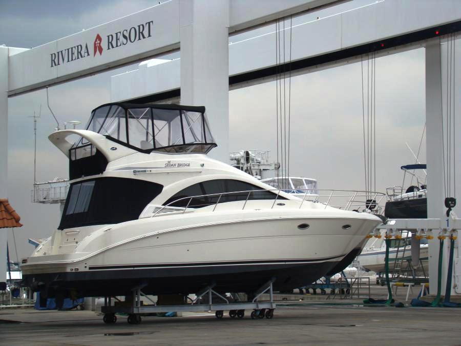 Тенты для катеров, яхт,  моторных и резиновых лодок