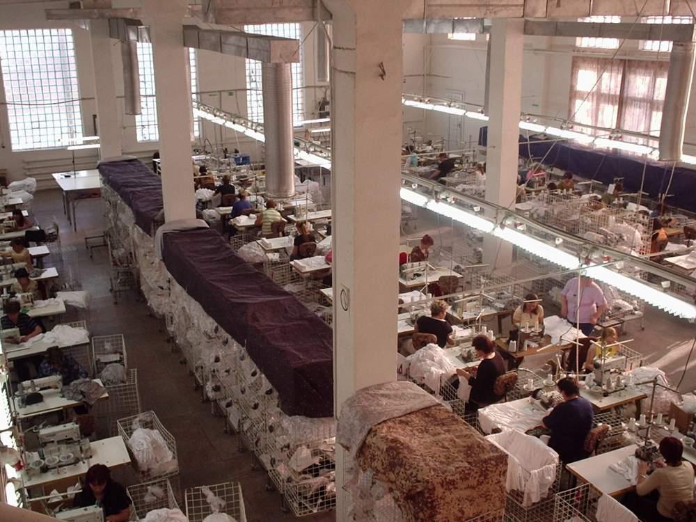 Заказать Пошив женской одежды под заказ на давальческой основе, Украина