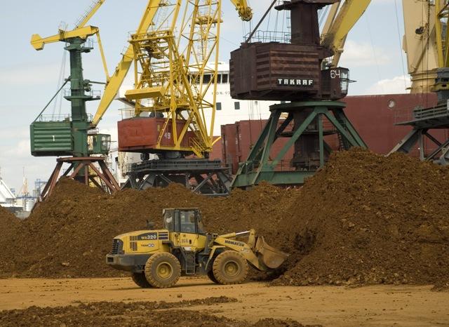 Заказать Специализированный комплекс по перевалке руды