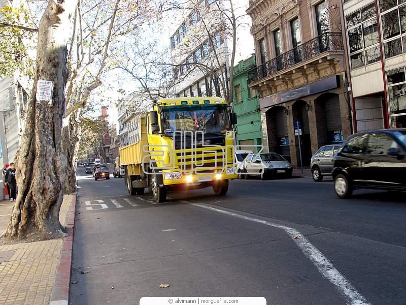 Заказать Обслуживание и ремонт грузовых автомобилей
