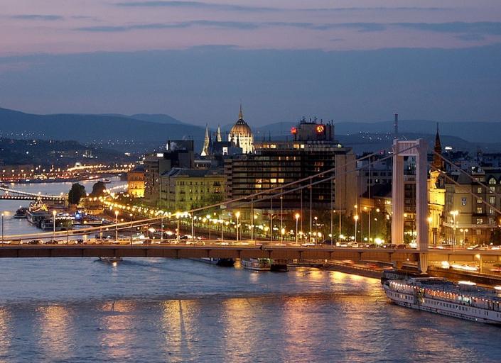 Заказать Автобусные туры в Венгрию