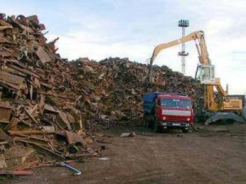 Заказать Демонтаж заводів кранів та металевих конструкцій, вивіз металолому автомобільними та вагонними партіями.