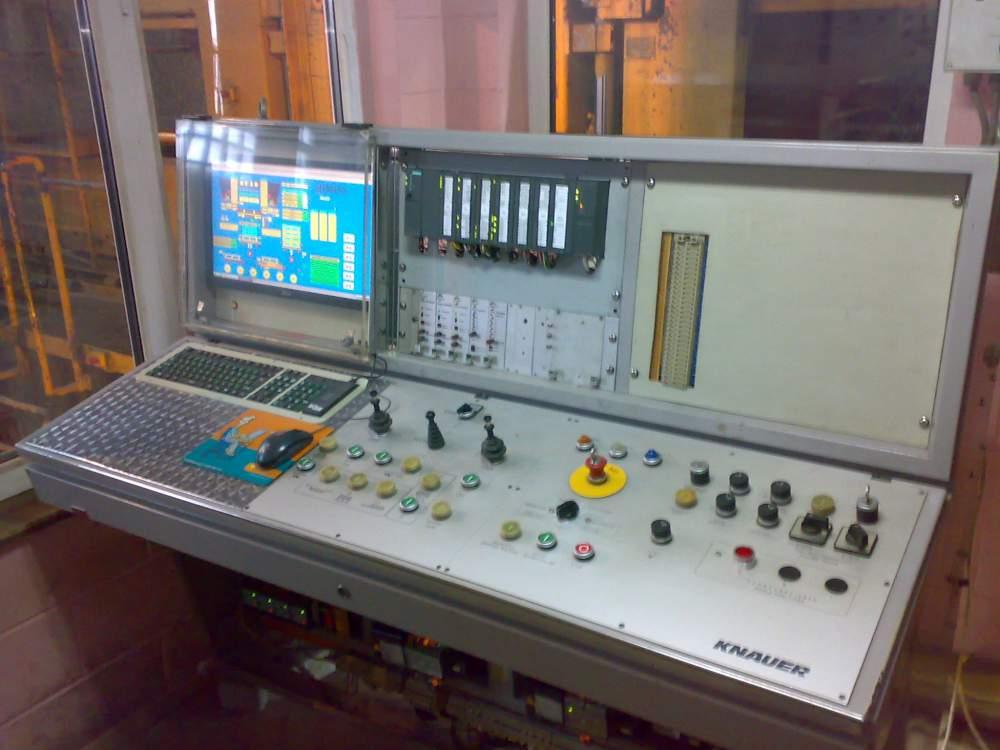 Модернизация пульта управления:  формовочный агрегат KNAUER-400-5