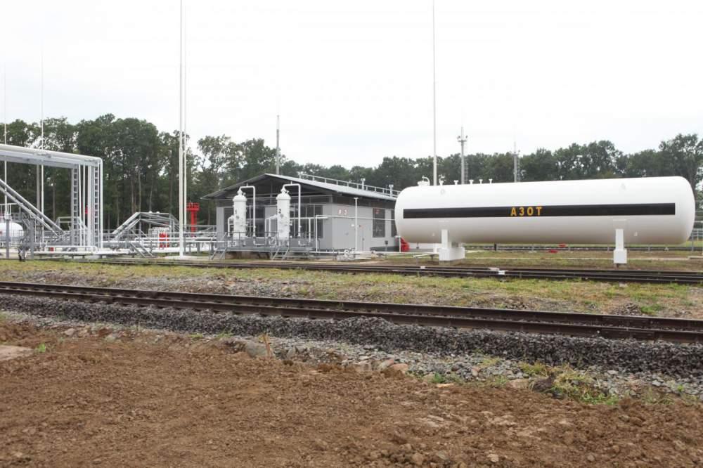 Слив сжиженного углеводородного газа (СУГ) (железнодорожные вагоны-цистерны, автомобильные цистерны, посты перелива, резервуарный парк)