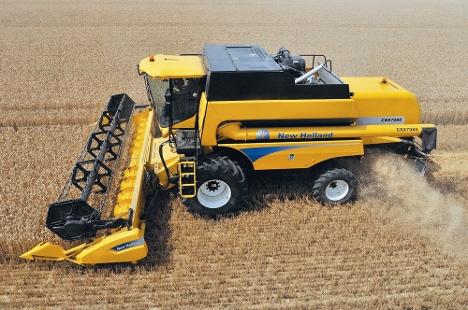 Заказать Уборка урожая быстро недорого комбайном New holand 7080