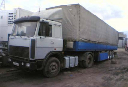 Order Rent, hire of tractors - MAZ-54323 S Tractors semi-trailers from 12 m.