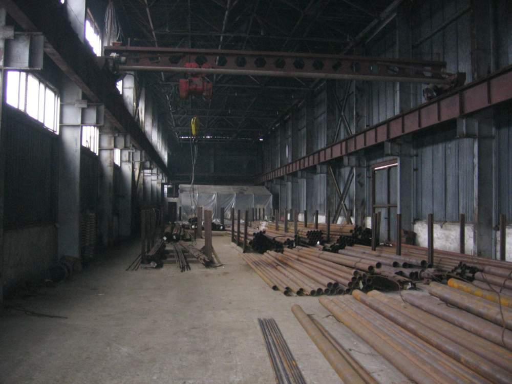 Заказать Аренда части крытого склада для промышленной продукции 100 метров квадратных. г. Донецк