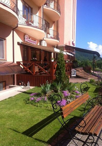 Заказать Летний отдых в гостинице Фантазия