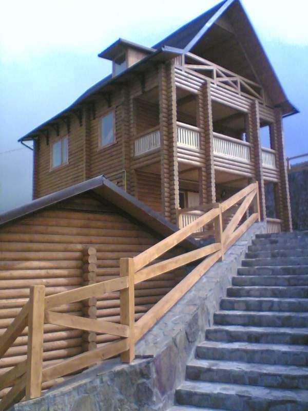 Заказать Строительство домов из дерева, Деревянные дома и бани