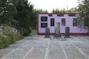 Заказать Памятник воинам ВОВ в с.Кировка, Криворожский р-н