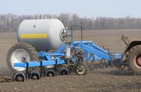 Application of fertilizers to the soil