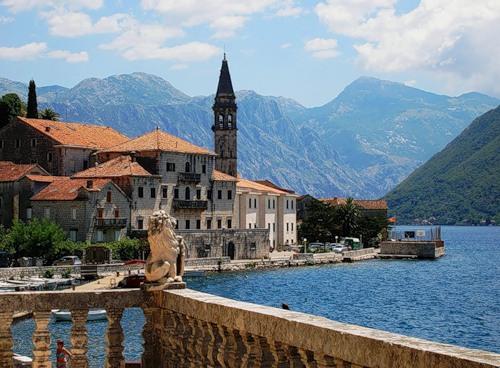 Заказать Групповой туризм Отдых в Черногории Автобусные турыВыездной туризмГорячие туры Достопримечательности Инсентив туры Комбинированные туры