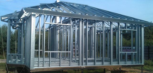 Заказать Услуги по строительству зданий из металлоконструкций.